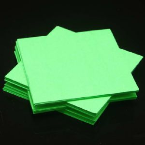 Both side colour origami, green, 7.5cm x 7.5cm, 130 sheets, (Papers not perfectly square - sold at a discount), [ky672]